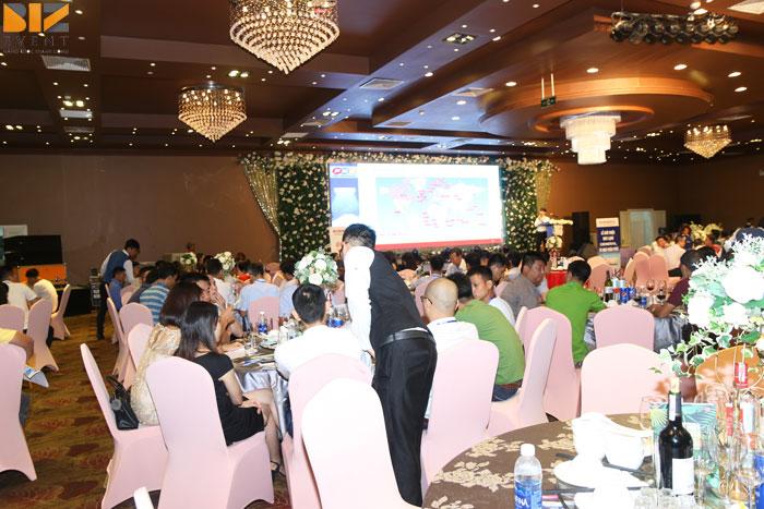 8a 3 - Tổ chức lễ ra mắt giới thiệu sản phẩm mới tại Long Biênchuyên nghiệp