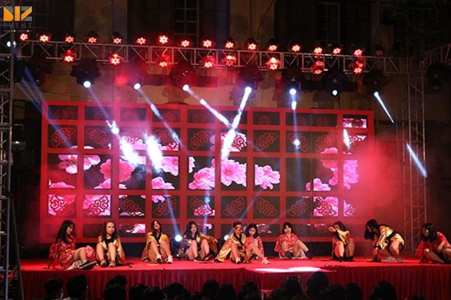 am thanh anh sang chuyen nghiep min - Biz Event set up Lễ Tri Ân và Trưởng Thành trường THPT Trần Phú