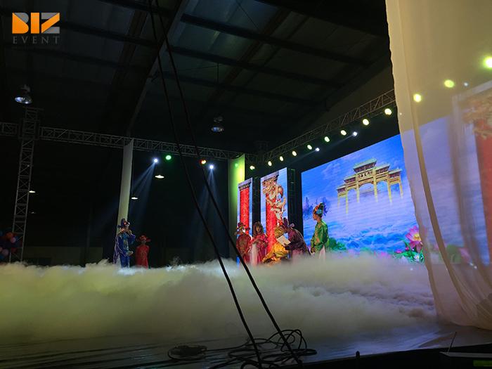 biz event cho thue am thanh anh sang to chuc su kien tiec cuoi nam mi cung dinh4 1 - Biz Event setup âm thanh ánh sáng và màn hình LED cho Gala Micoem 2017