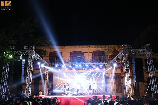 cho thue am thanh anh sang min - Biz Event set up Lễ Tri Ân và Trưởng Thành trường THPT Trần Phú