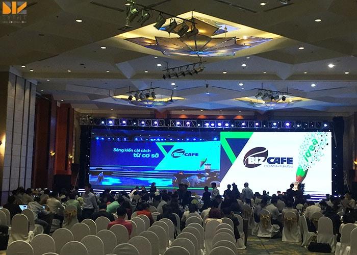 cho thue man hinh led chuyen nghiep - Cho thuê màn hình Led chuyên nghiệp giá rẻ đa dạng kích thước