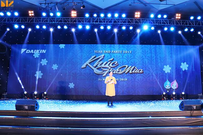 chuong trinh su kien cuoi nam - Báo giá cho thuê màn hình led giá rẻ tại Hà Nội
