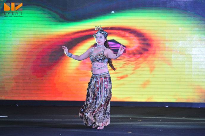 cong ty cung cap nhan su su kien - Cho thuê nhóm múa tương tác màn hình led trong tổ chức sự kiện