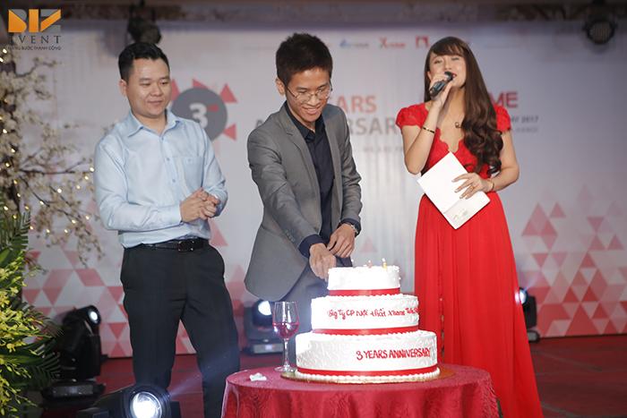 setup am thanh anh sang sinh nhat 3 tuoi xhome3 2 - Biz Event tổ chức lễ kỷ niệm thành lập công ty tại Bắc Giang