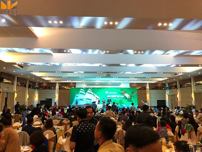to chuc su kien biz event - BIZ EVENT set up chương trình team building kết hợp gala Bảo hiểm Manulife