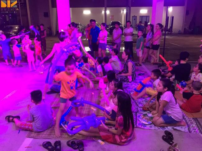 to chuc trung thu cho khu chung cu - Biz Event tổ chức đêm hội trăng rằm tại cụm Chung Cư 4T Việt Hưng