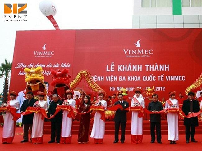 bang ron le khai truong984 - Tổ chức sự kiện khai trương, khánh thành tại Thái Bình ấn tượng, tiết kiệm