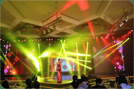 Cho thuê đèn sân khấu Moving Head Beam 230W – 575W