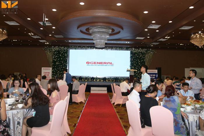1a 1 - Công ty tổ chức lễ ra mắt sản phẩm mới chuyên nghiệp
