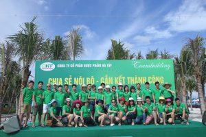 tổ chức team building biển 1