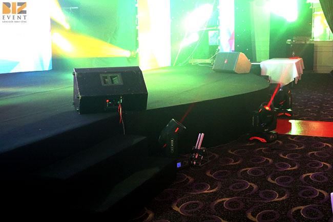 âm thanh ánh sáng tổ chức sinh nhật 17 năm bkav10