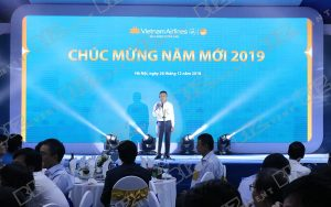 set up thiết bị tổ chức lễ tổng kết cuối năm cho Việt Nam Airline3