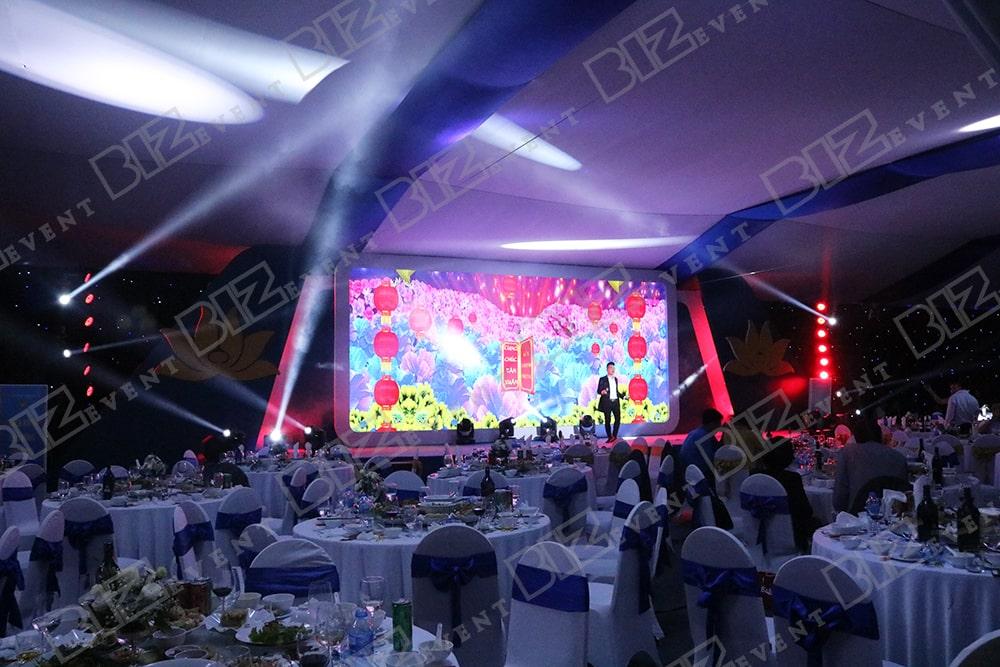 set up thiết bị tổ chức lễ tổng kết cuối năm cho Việt Nam Airline2