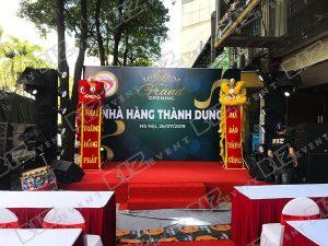 4 Dan Dung Trang Tri Trong Ngay Khai Truong